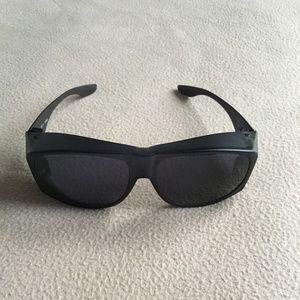 Sunglasses that Fit Over Your Prescription Glasses